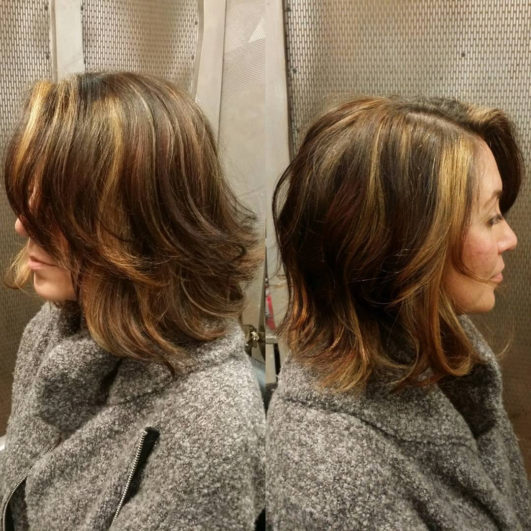 Two Toned Side Part Wavy Bob Hairstyle Design