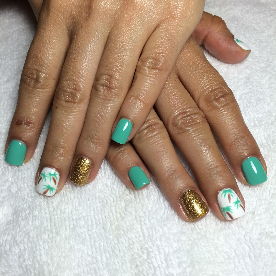 Gel Green Nails With Palm Trees Art.