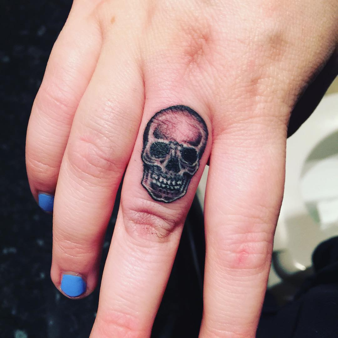 Skull Tattoo on Finger