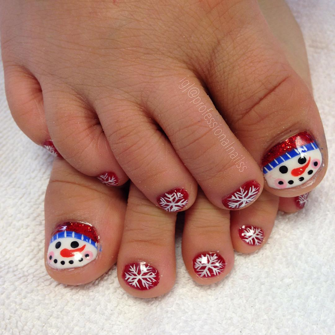 Funky Snow Flakes Nail Paint Design