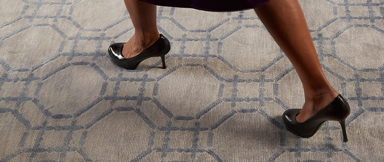 walking with heel on carpet