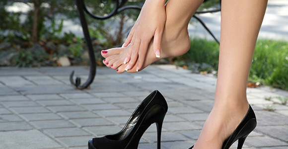 wearing heels for long hours without hurting your feet