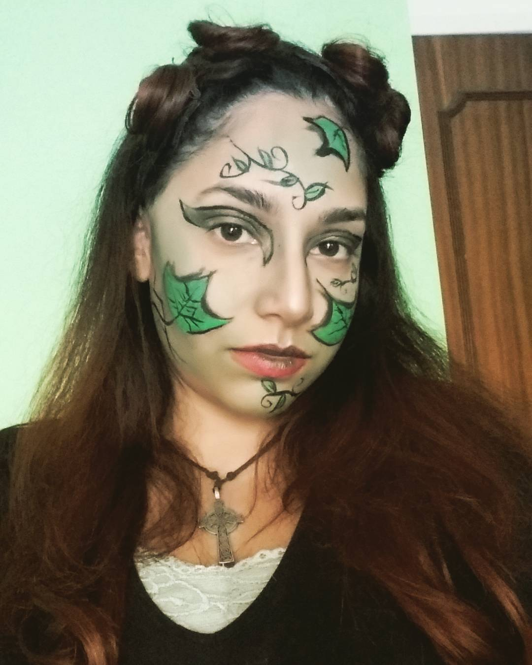 Villains Poison Ivy Makeup Design