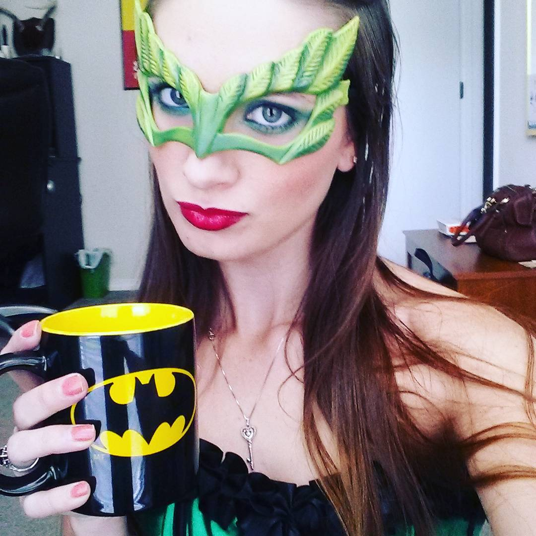Mask Poison Ivy Makeup Design