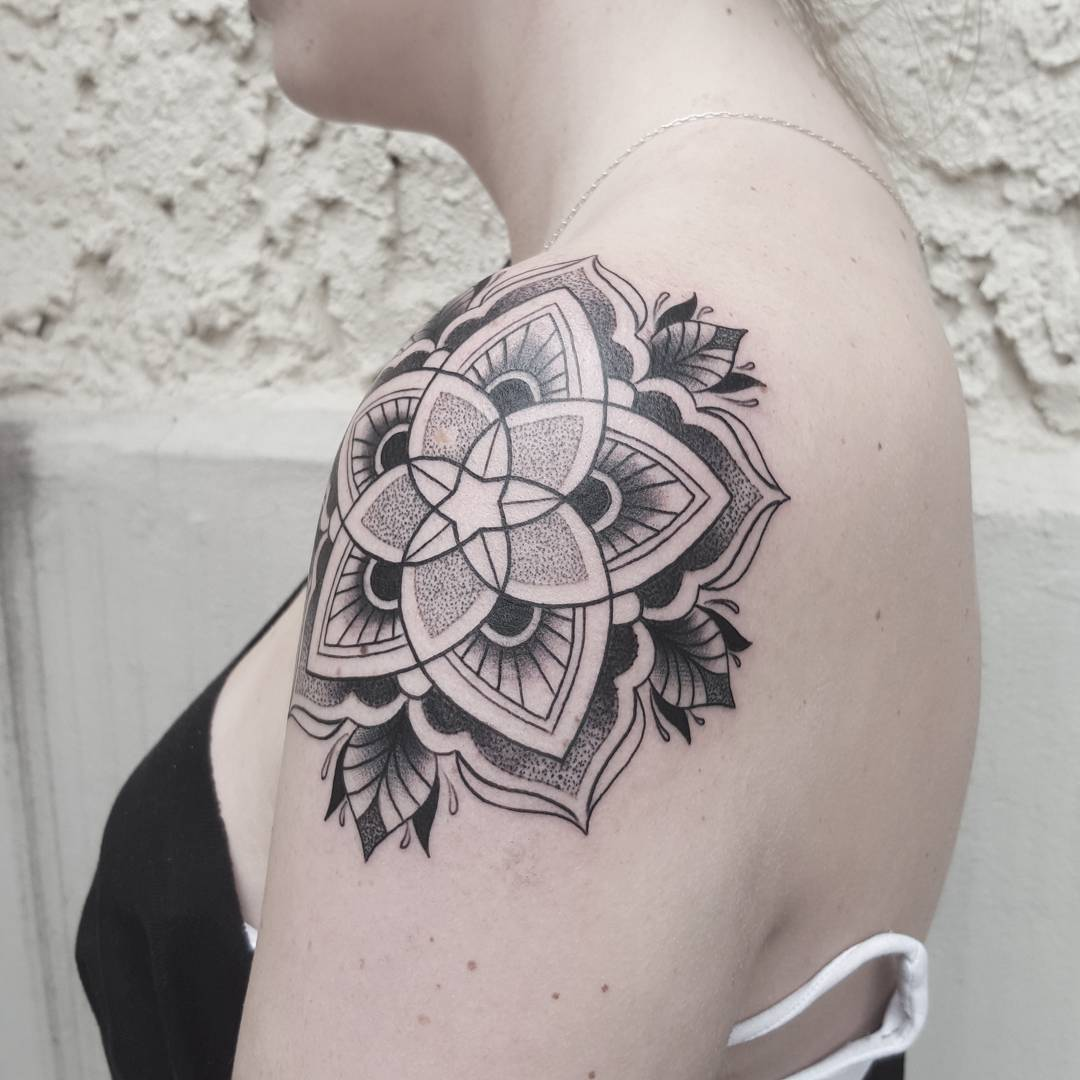 24+ Black And White Tattoo Designs , Ideas