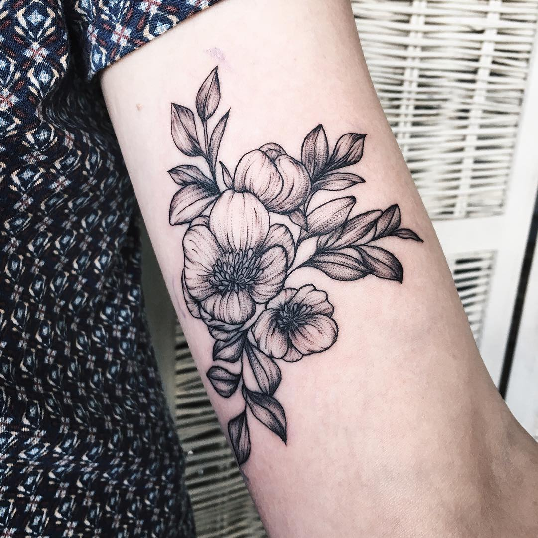 Floral Tattoo Images Designs: 24+ Black And White Tattoo Designs , Ideas