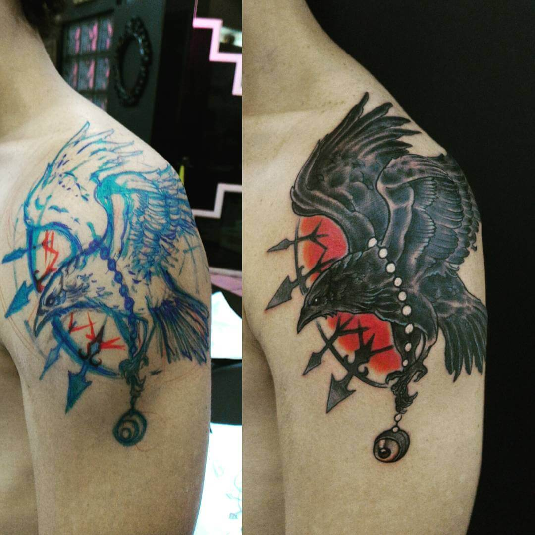 dazzling crow tattoo design on hand