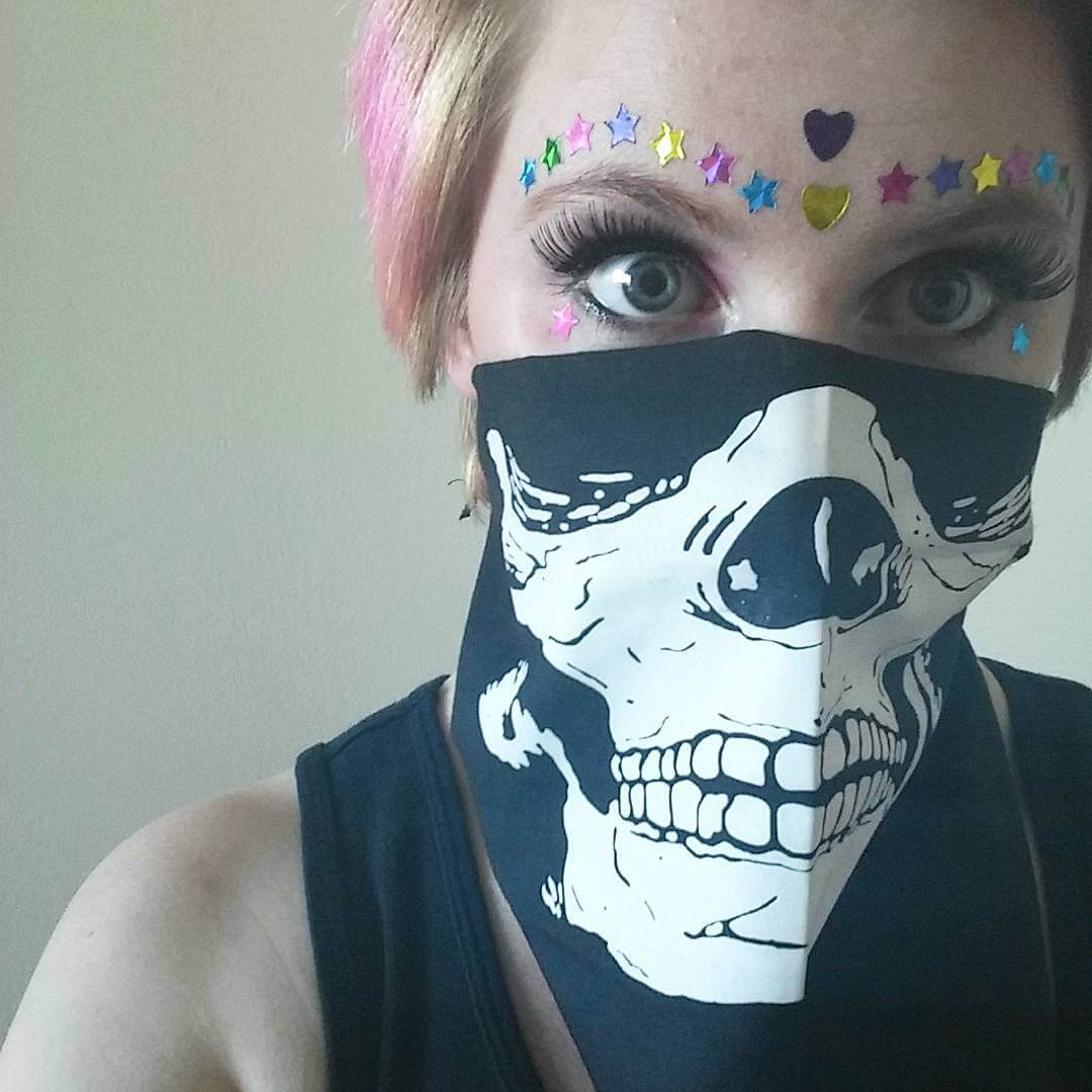 Skull Costume Rave Makeup (1)