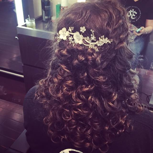 Amazing Curly Wedding Hairstyle