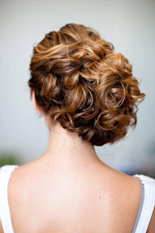 Fantastic Curly Hairstyle for Wedding