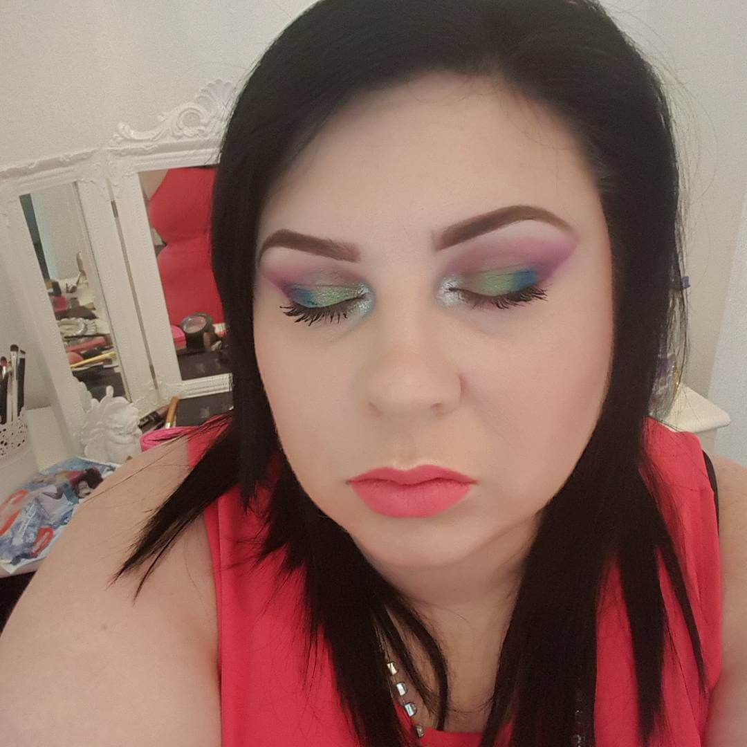 Light Rainbow Colored Makeover For Eye