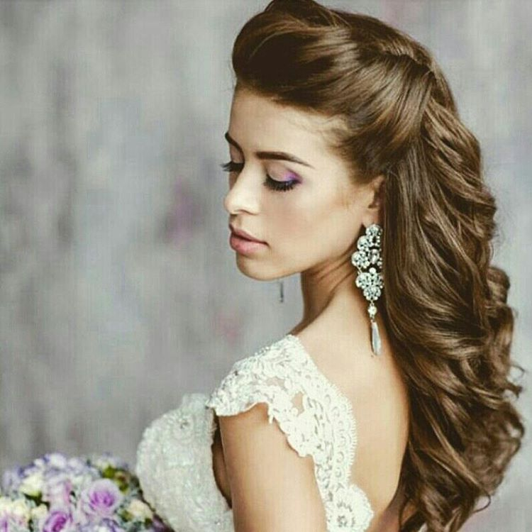 Elegant Beach Wedding Hairstyle