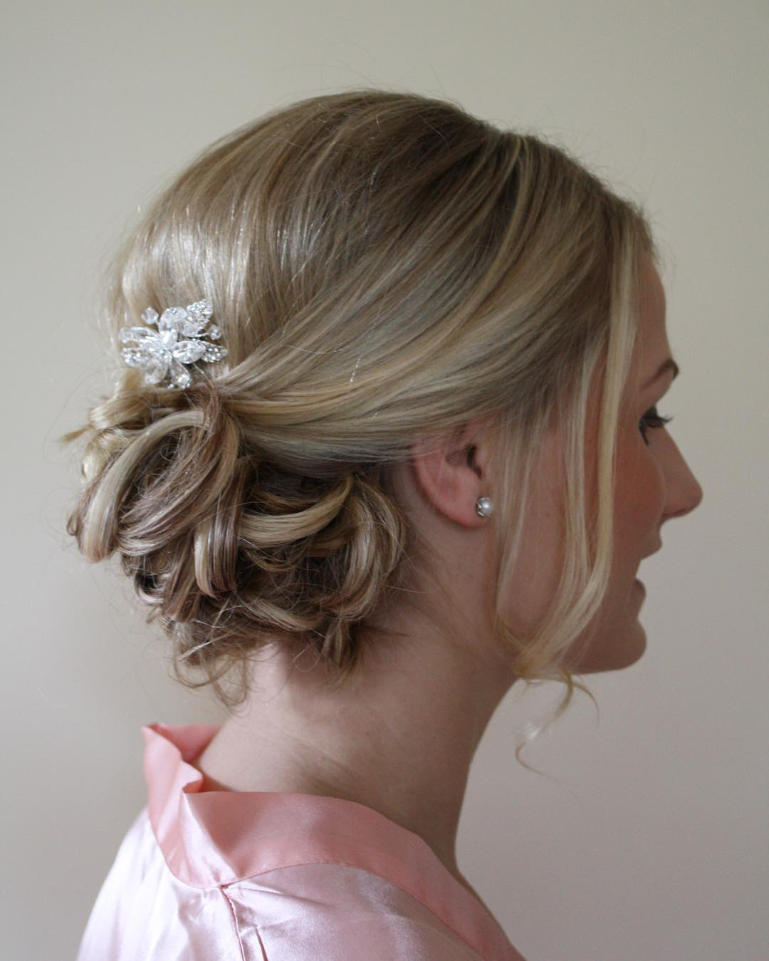 Trendy Beach Wedding Hairstyle Design
