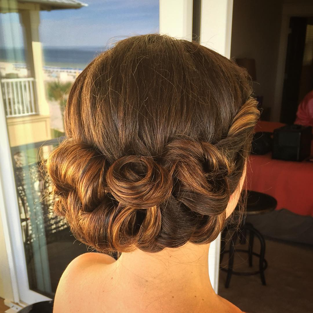 Amazing Hairstyle For Wedding