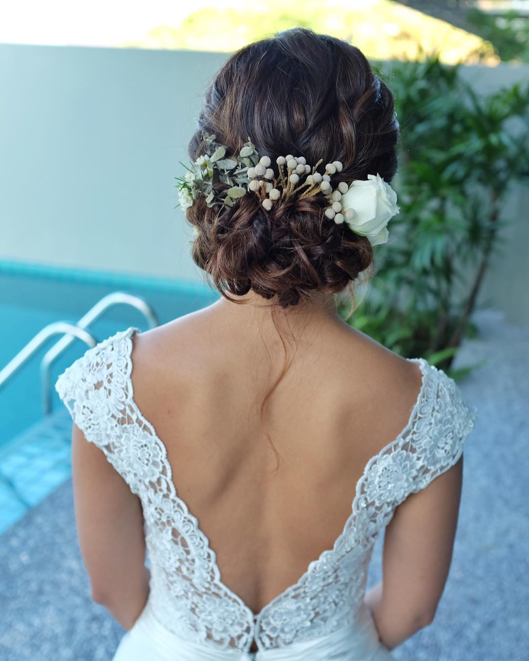 30+ Beach Wedding Hairstyles Ideas, Designs