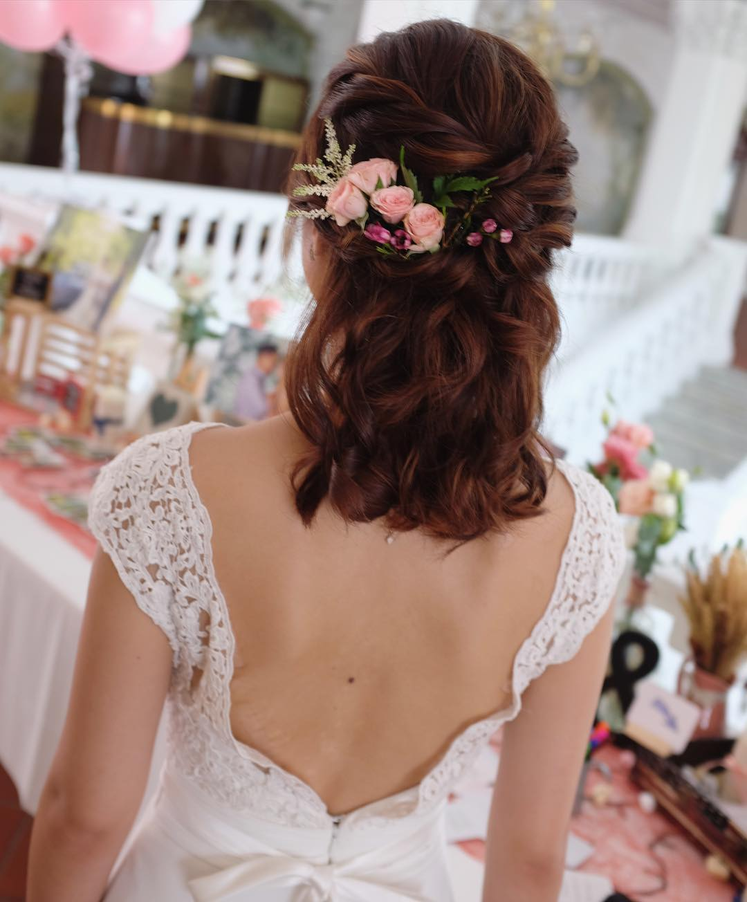Short Medium Hairstyle With Pink Roses
