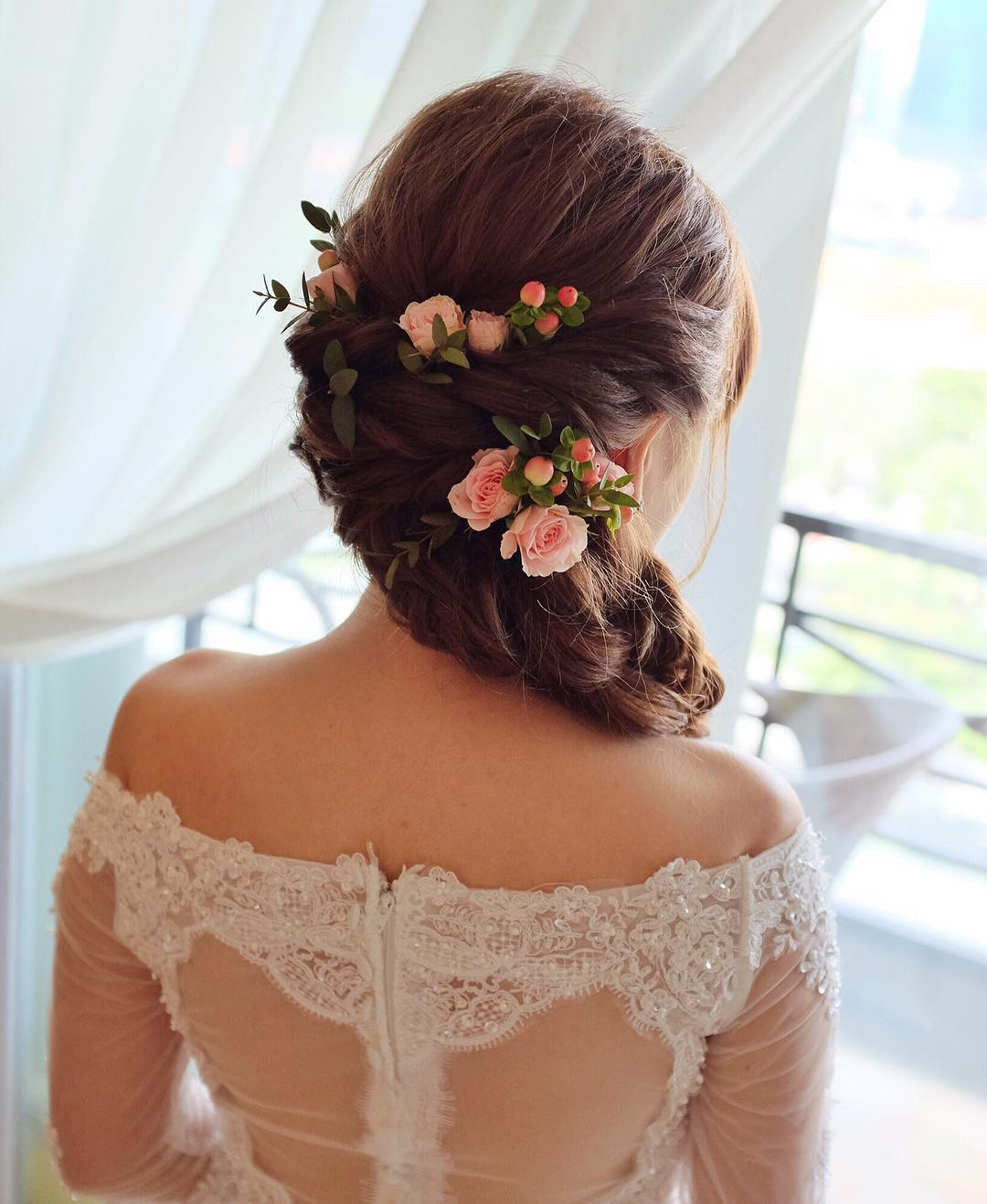 Awesome Wedding Hairstyle For Bridal