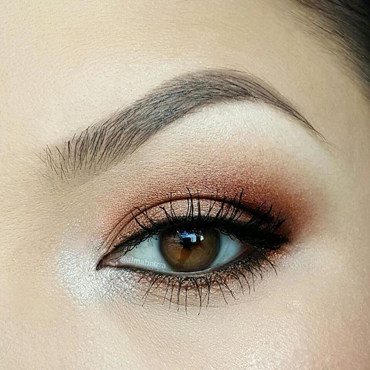 simple and easy eye makeup1