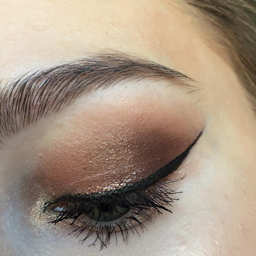 bridal bronze shade makeup idea