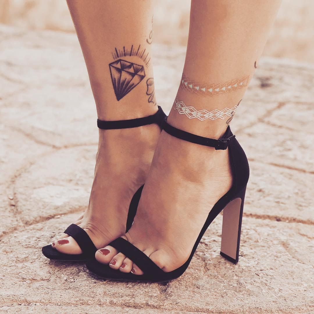 women love high heels