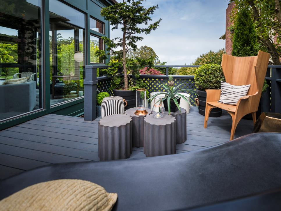 Deck With Stylish Furniture