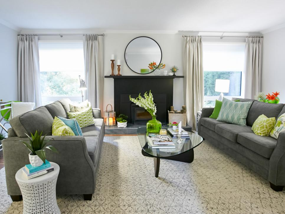 Contemporary Gray Sofa in Nutral room