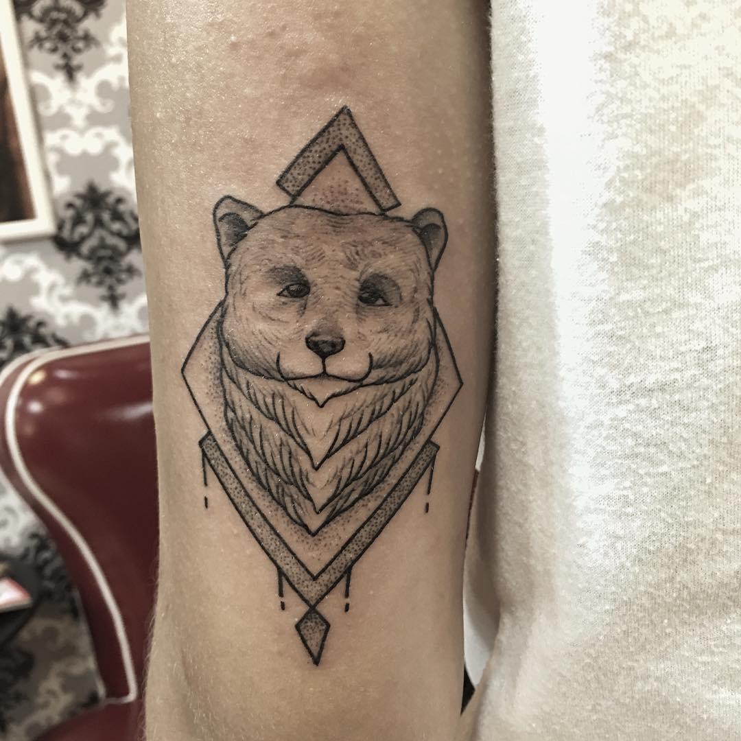 Pretty Bear Tattoo Design Idea