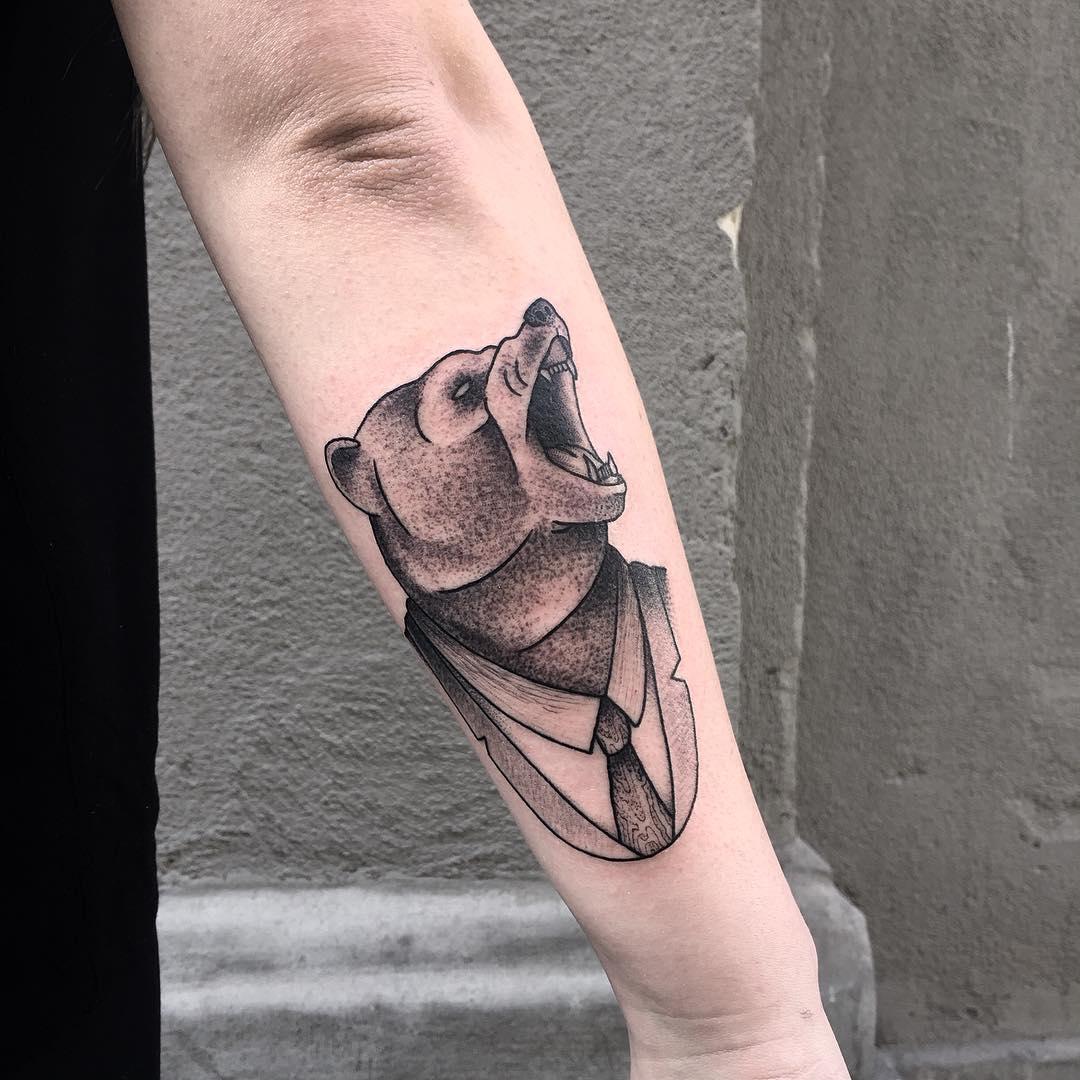 Attractive Bear Tattoo Design