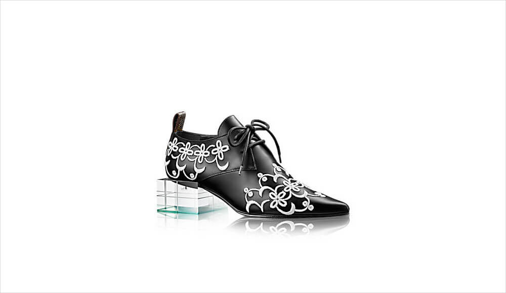 Louis Vuitton Calf leather Embroidered Shoe