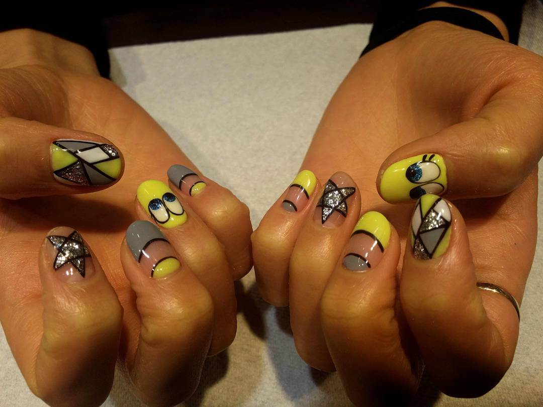 Yellow Gray Nail Art (1)