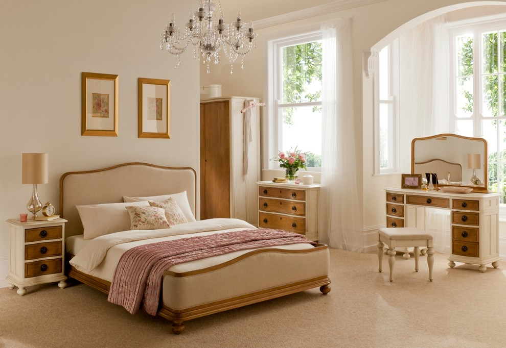 traditional bedroom with designed furniture