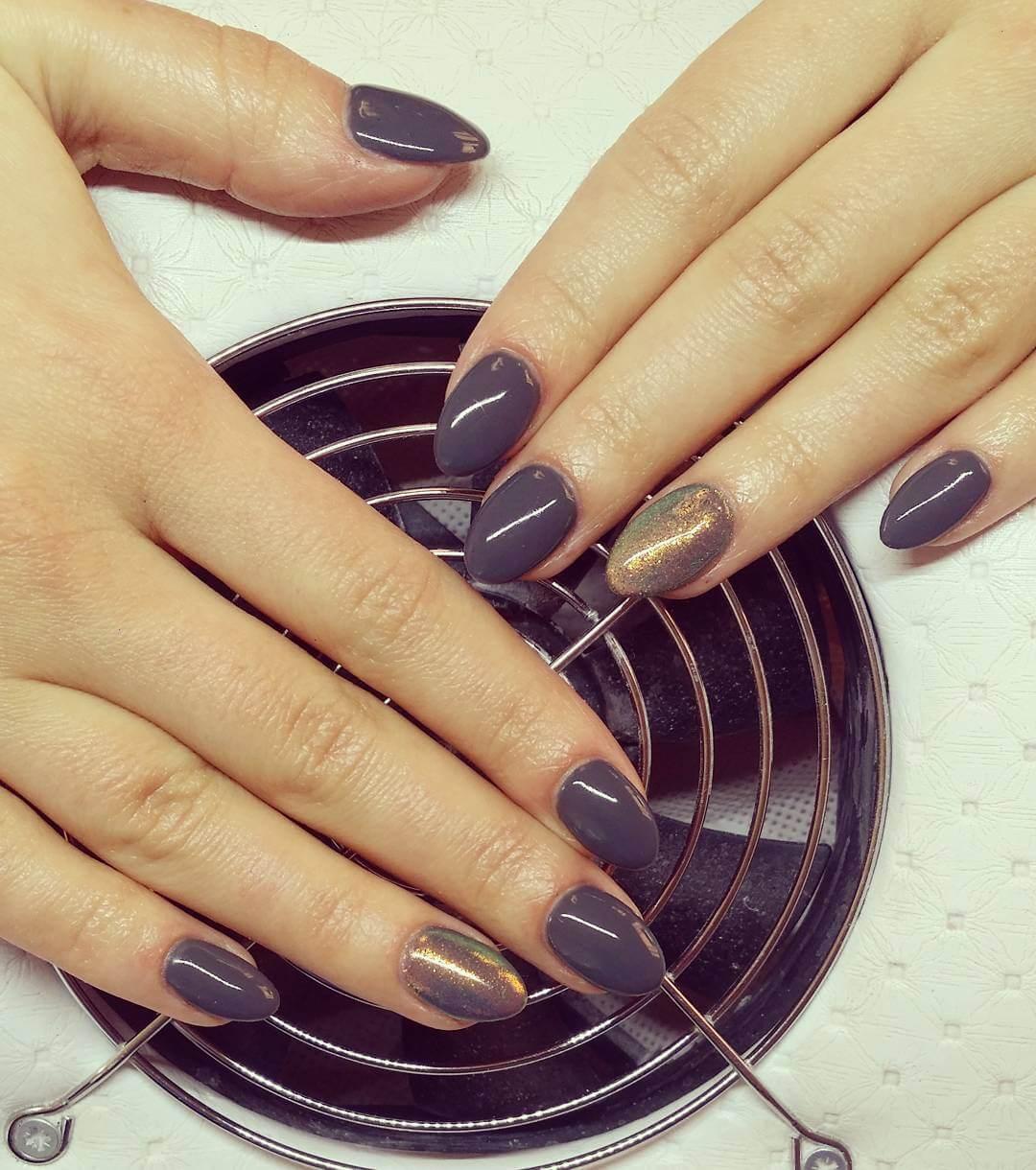 matte gray nail polish 1