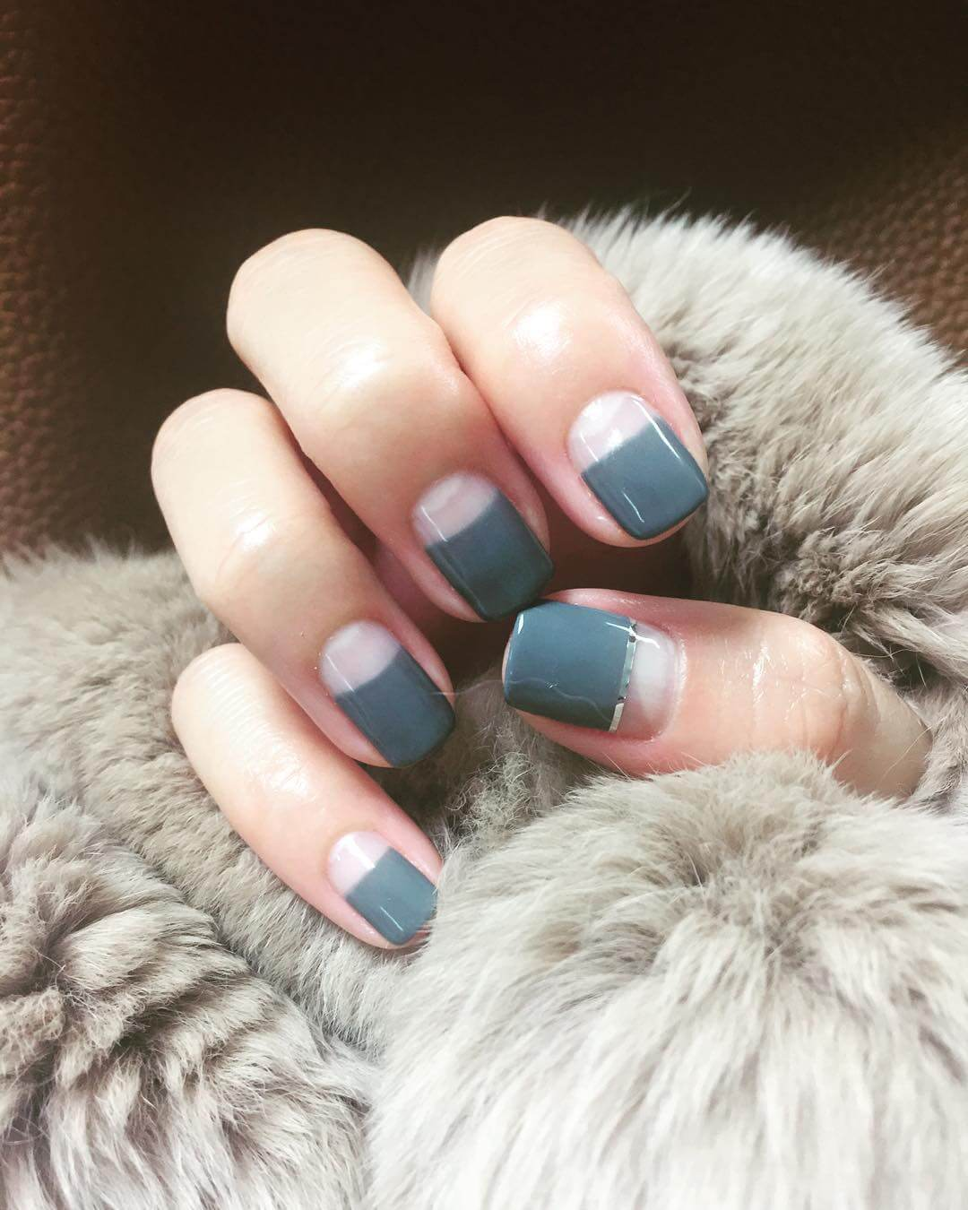 Awesome Gray Nail Design (1)