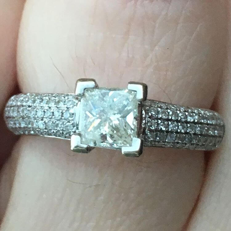 Fabulous White Gold Princess Cut Diamond Ring