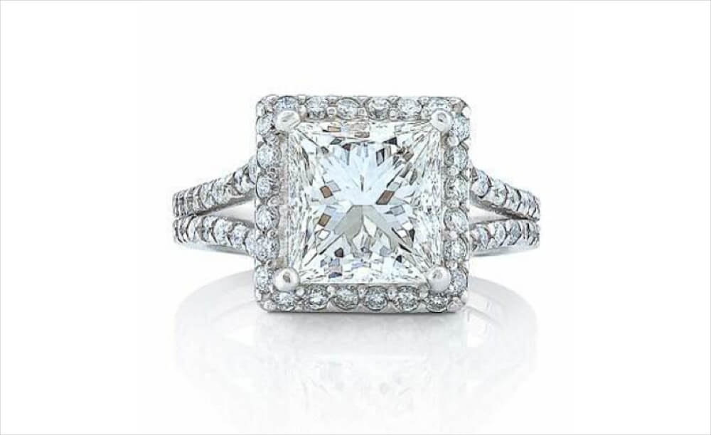 Attractive Princess Cut Engagement Ring