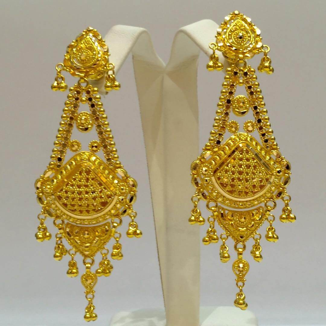 awesome golden earrings - Earring Design Ideas