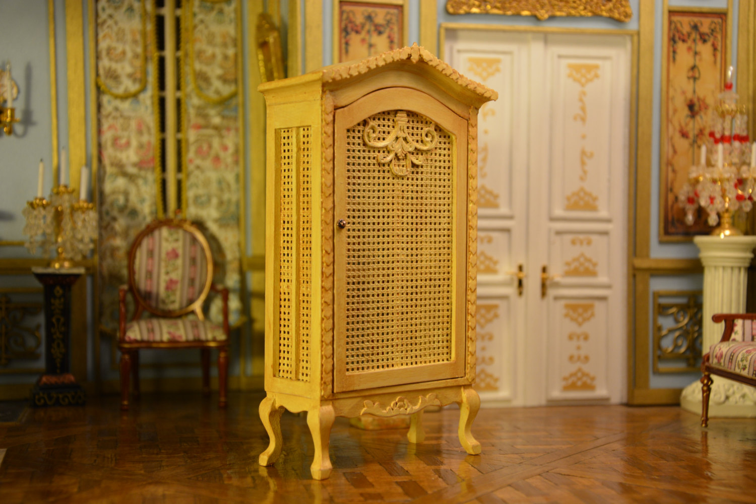 French Style Wardrobe Dollhouse