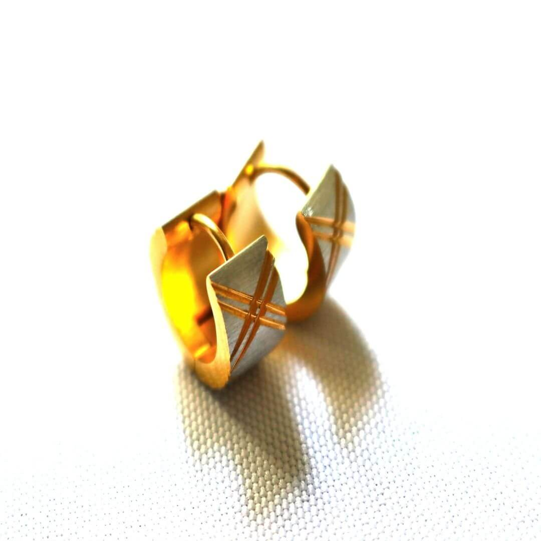 Golden Earrings for Men (1)