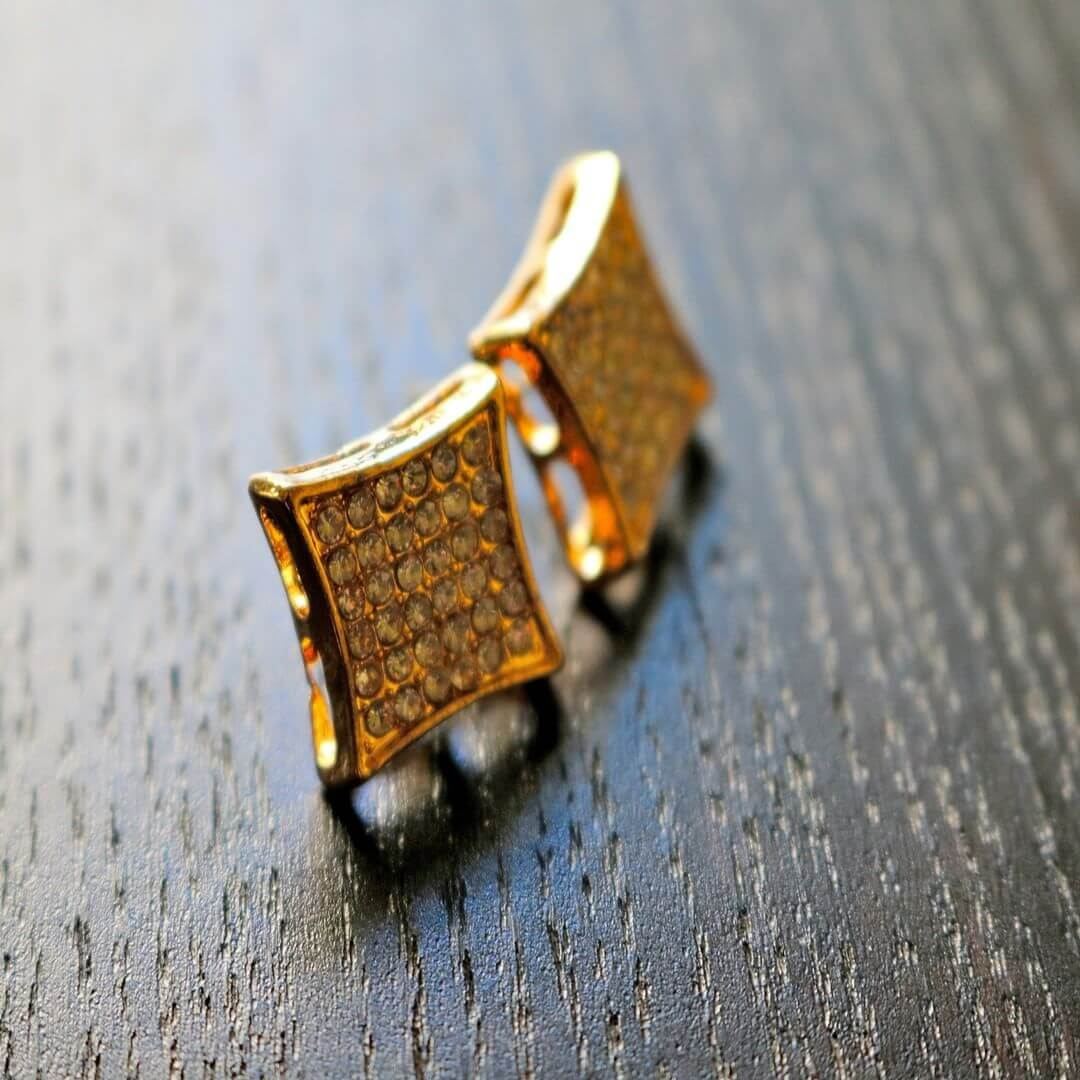 guy earrings design 1