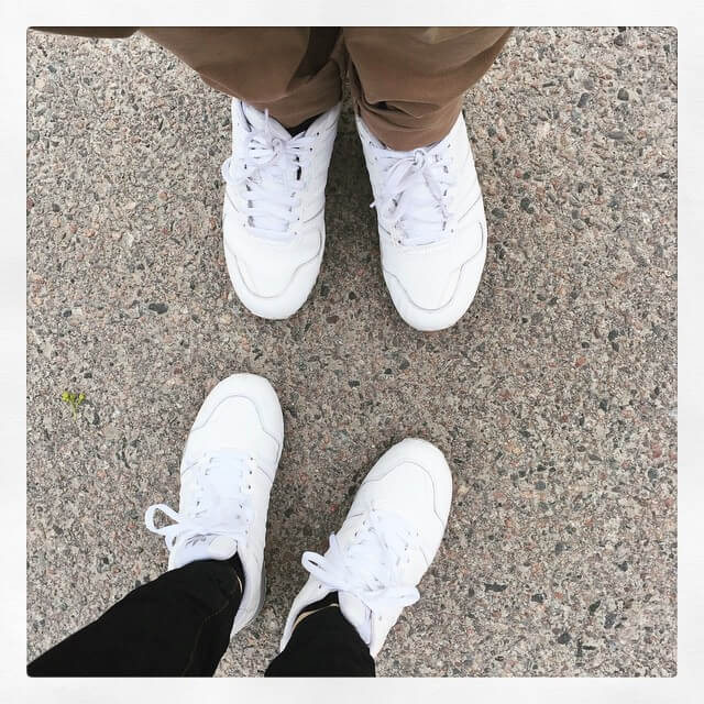 white summer sneakers for couples 1