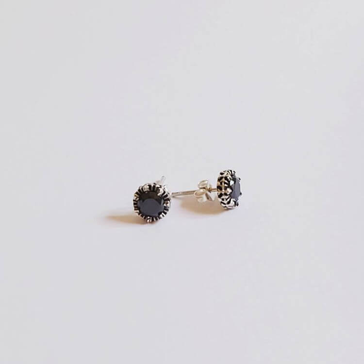 Simple Men Earrings for Men (1)