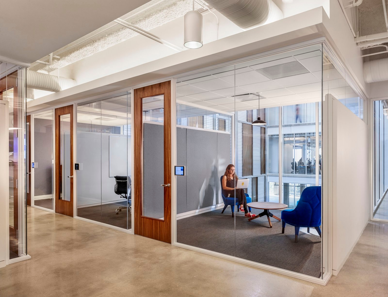 Dropbox Office Design Looks Modern