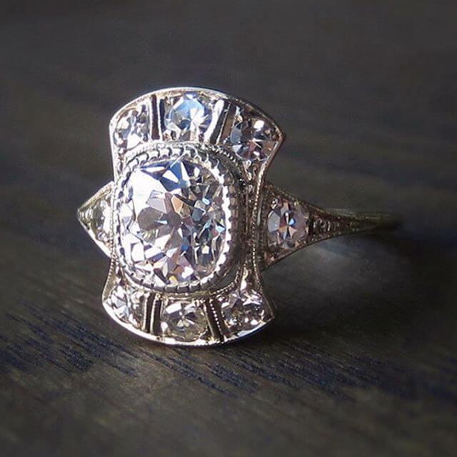 Fabulous Vintage Style Engagement Ring