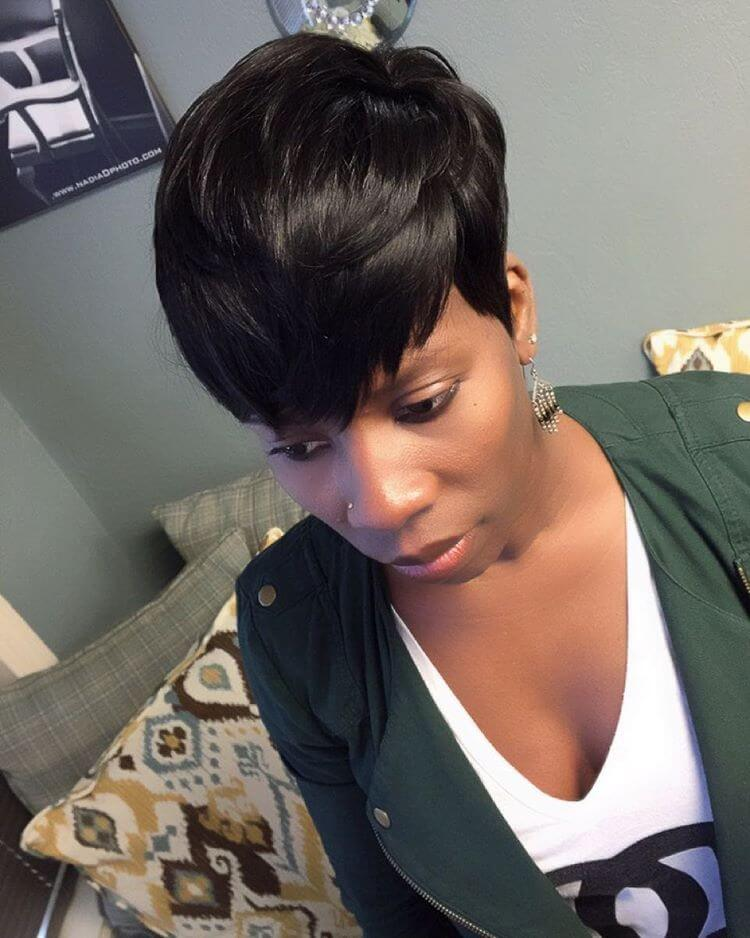 Short Pixie Haircut for Women (1)