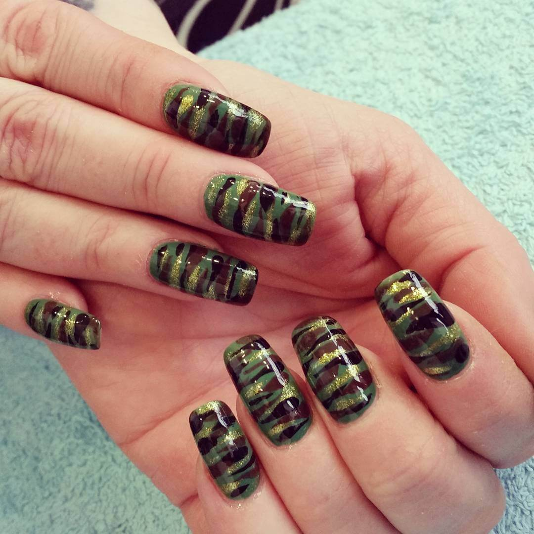 20+ Holiday Nail Art, Designs, Ideas | Design Trends - Premium PSD ...