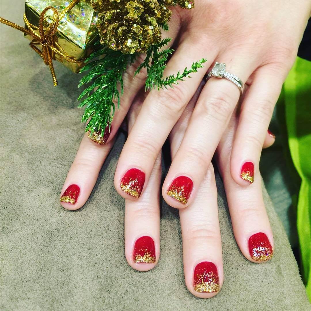 Red and Gold Holiday Nail Art (1)