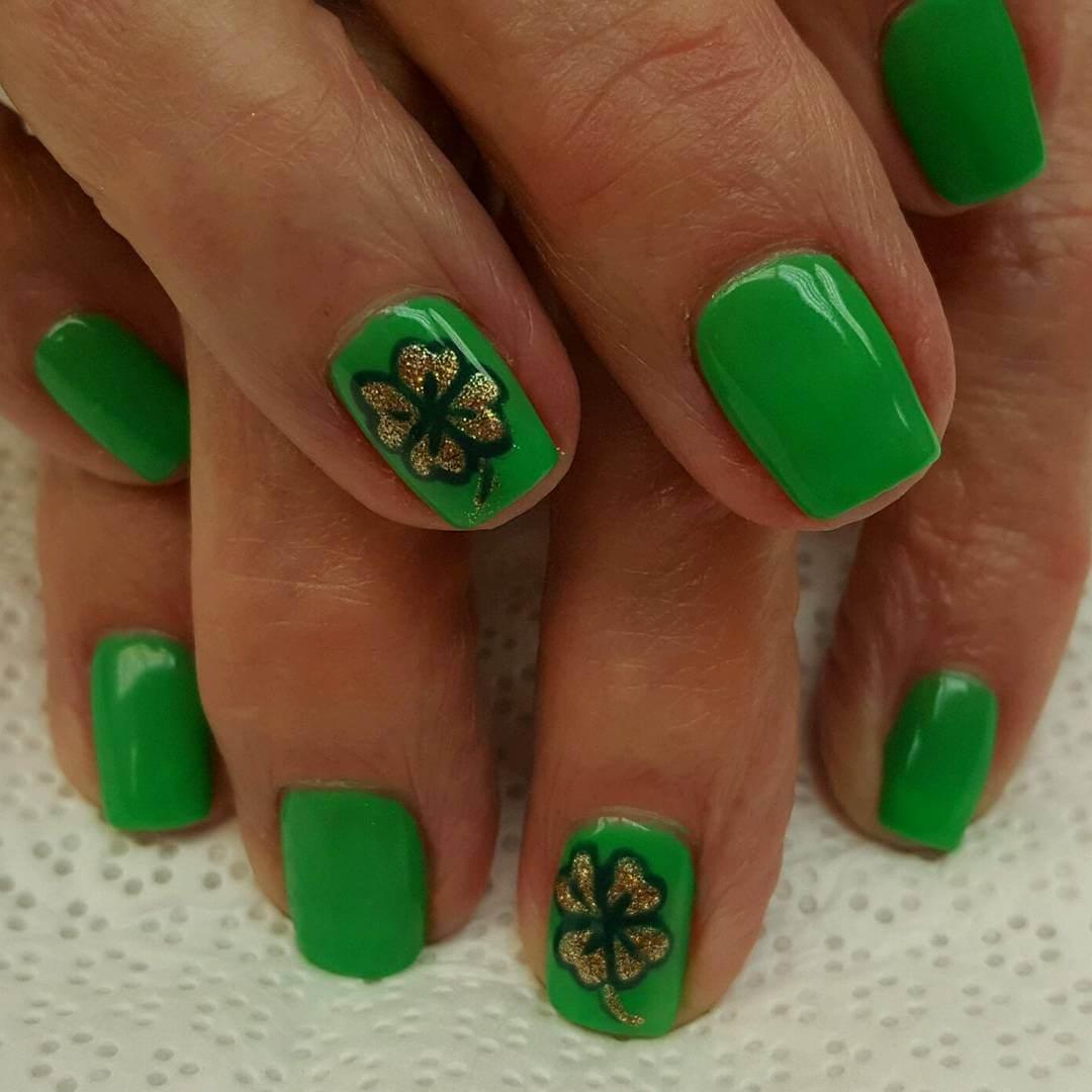 Green Flower Nail Art Design (1)