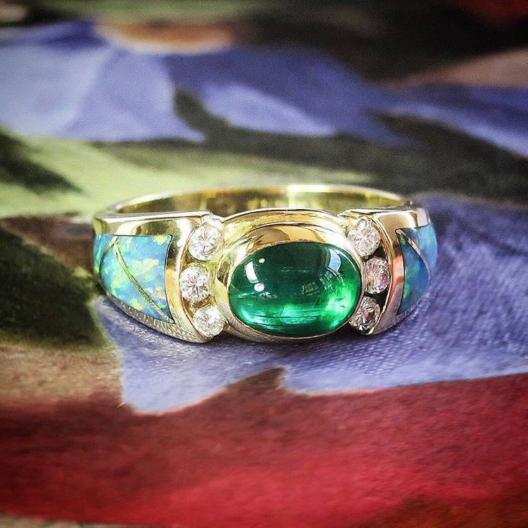 Emerald Diamond Antique Wedding Bands