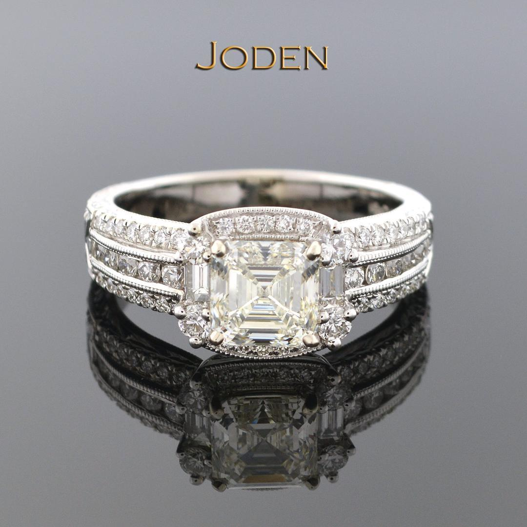 Simple Antique Look Engagement Ring