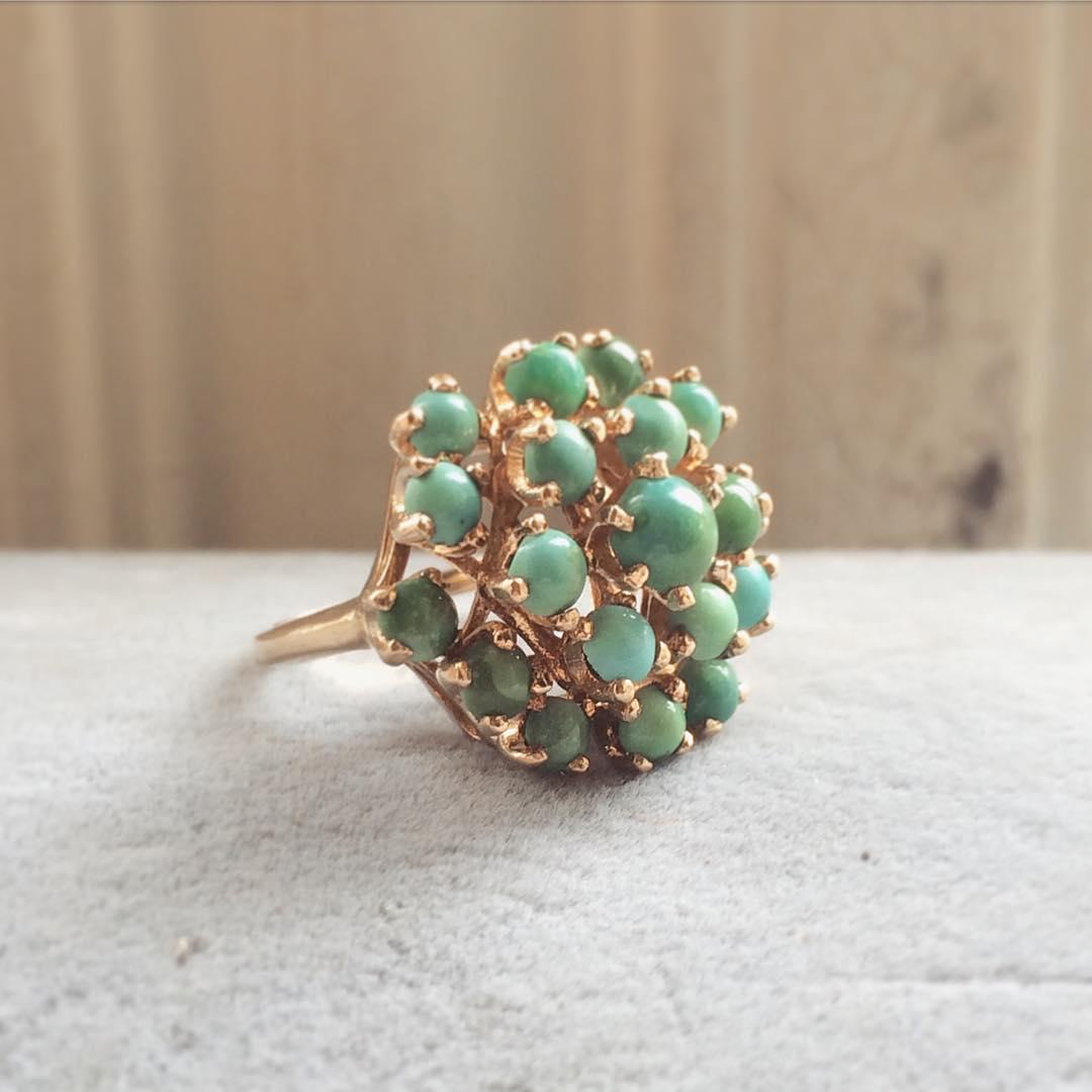 lovely vintage wedding ring